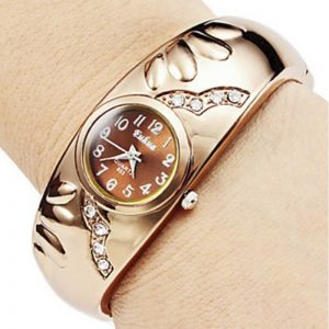 New Golden Color Ladies Watch